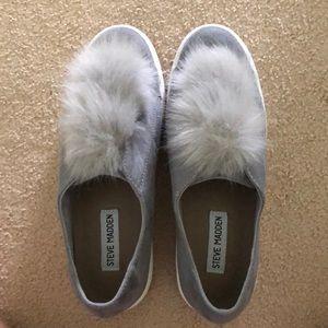 Steve Madden Pom Pom shoes